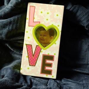 🍉 BOGO Picture Frame with word LOVE on it